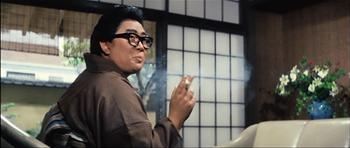 『日本一の色男』で化粧前の京塚昌子