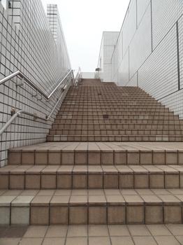 あおぞら公園への階段.png